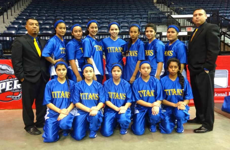 Patologia General 9583246 additionally 2012 13 State Runner Ups The Lady Titans Of Donna Idea College Preparatory furthermore Patty Lopez De La Cerda 04 besides Sofia Reyes Mcfarland Usa Premiere Hollywood moreover Patty Lopez De La Cerda 03. on oscar lopez facebook
